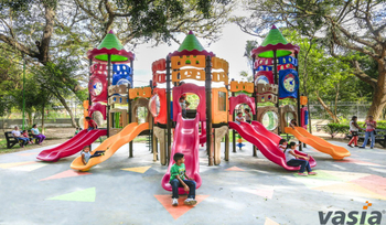 Why Is Color of Outdoor Playground So Important For Children?